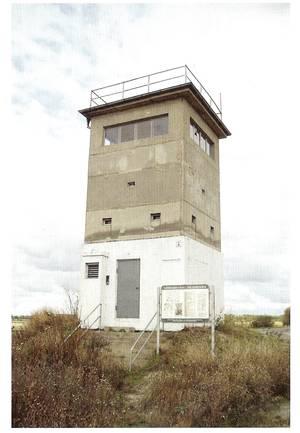 Abbildung 2: Grenzwachturm am Hessendamm (Sachsen-Anhalt), Zustand des Oktober 2008